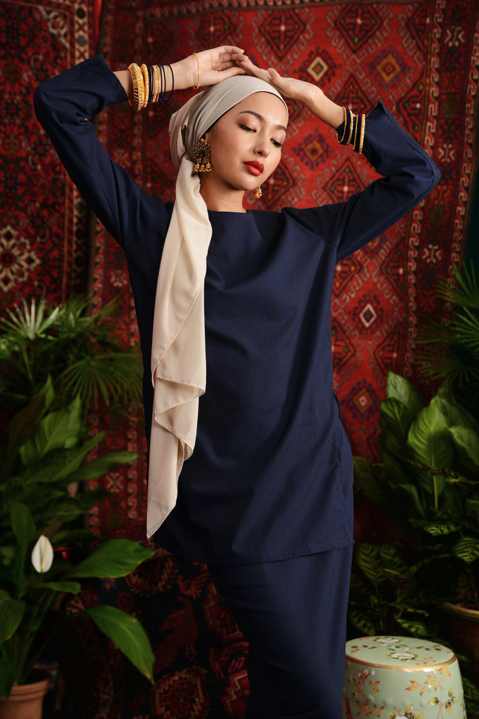 The Teratai Women Kameez - Navy Blue