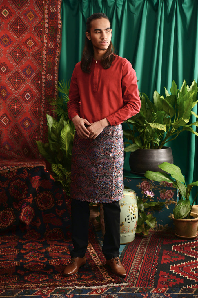 The Teratai Men Mandarin Kurta - Ruby Red