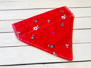 RED FLOWERS CAT BANDANA