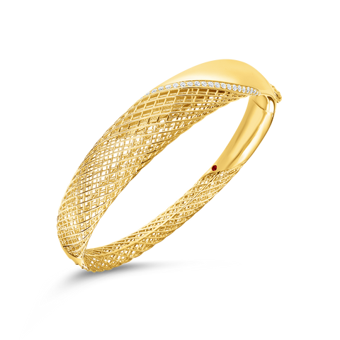 Soie 18K Yellow Gold Diamond Bangle