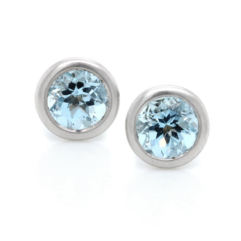 18K White Gold Bezel Set Aquamarine Earrings