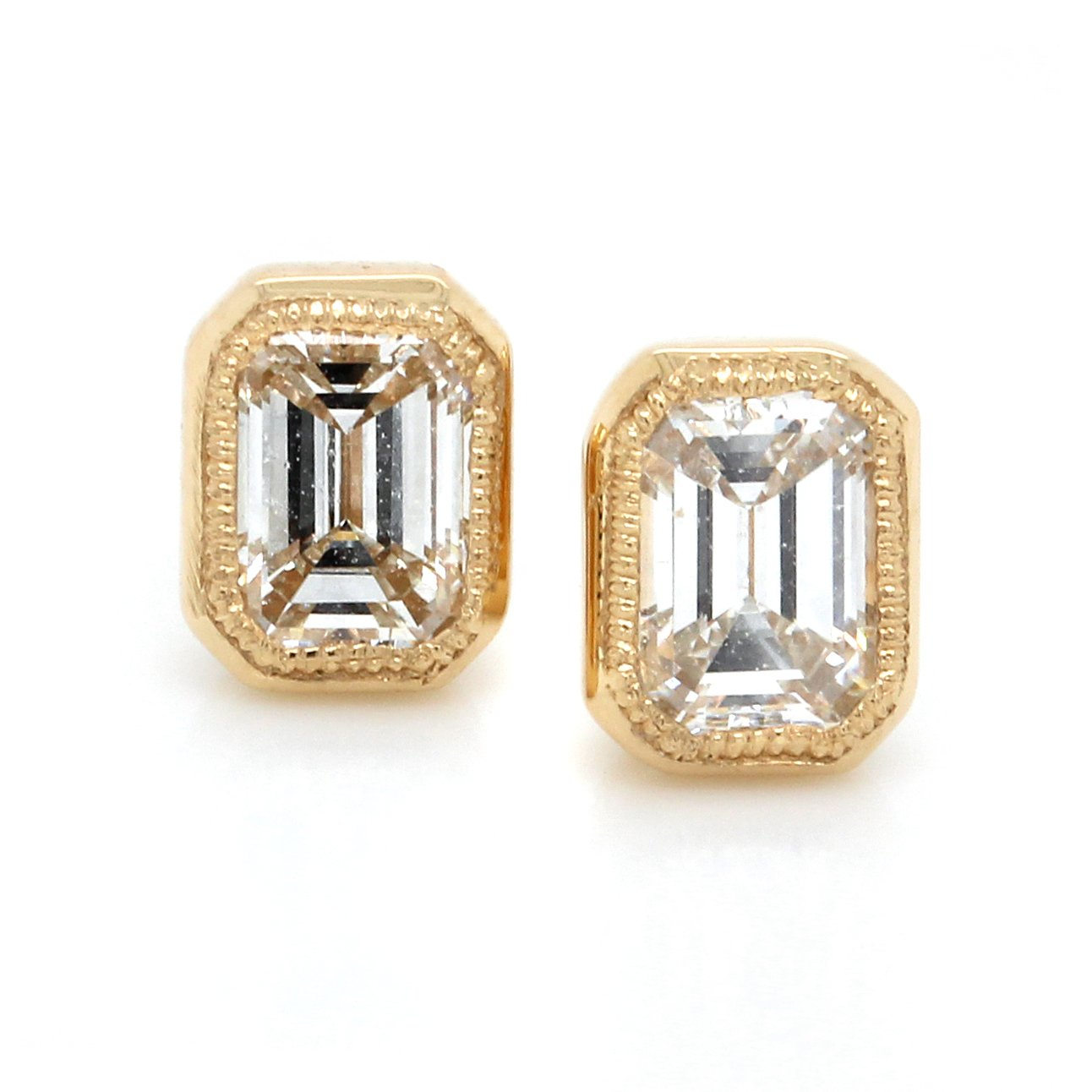 18K Yellow Gold Emerald Cut Diamond Milgrain Stud Earrings