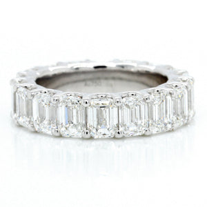 18K White Gold Emerald Cut Diamond Eternity Band