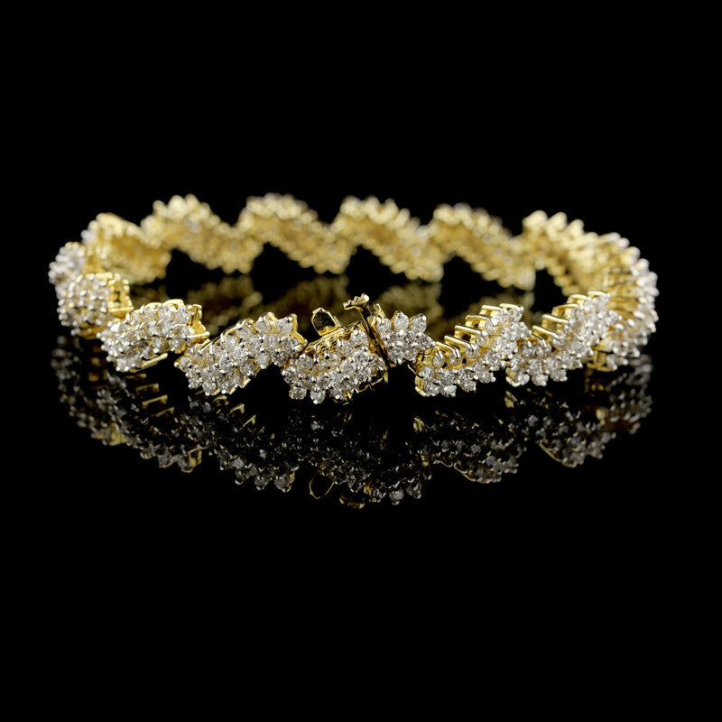 14K Yellow Gold Diamond Swirl Bracelet