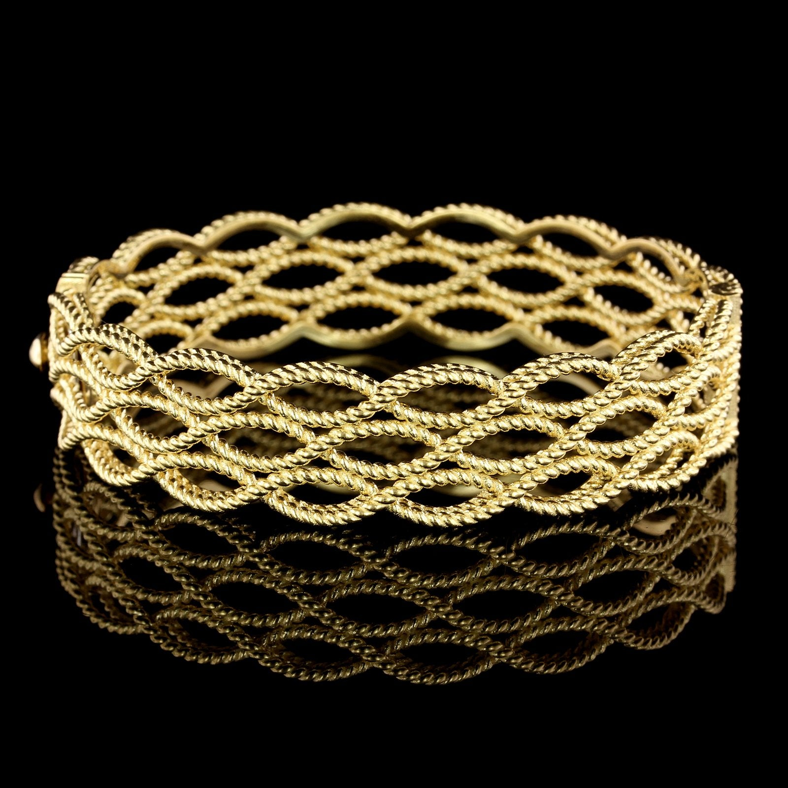 Roberto Coin 18K Yellow Gold Bangle Estate Bracelet from the Barocco Collection