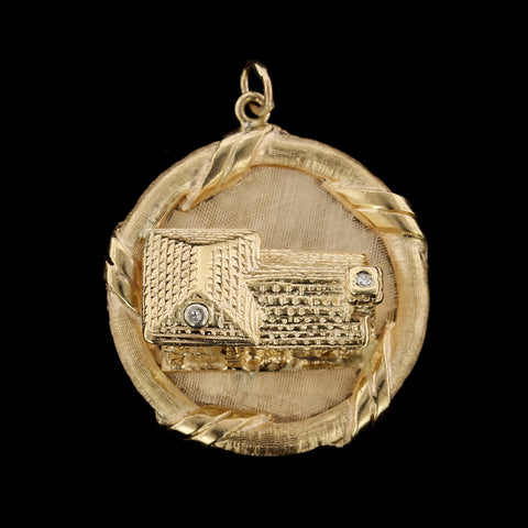 14K Yellow Gold Estate Log Cabin Home Charm