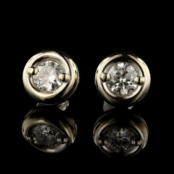 18K White Gold and Diamond Stud Earrings