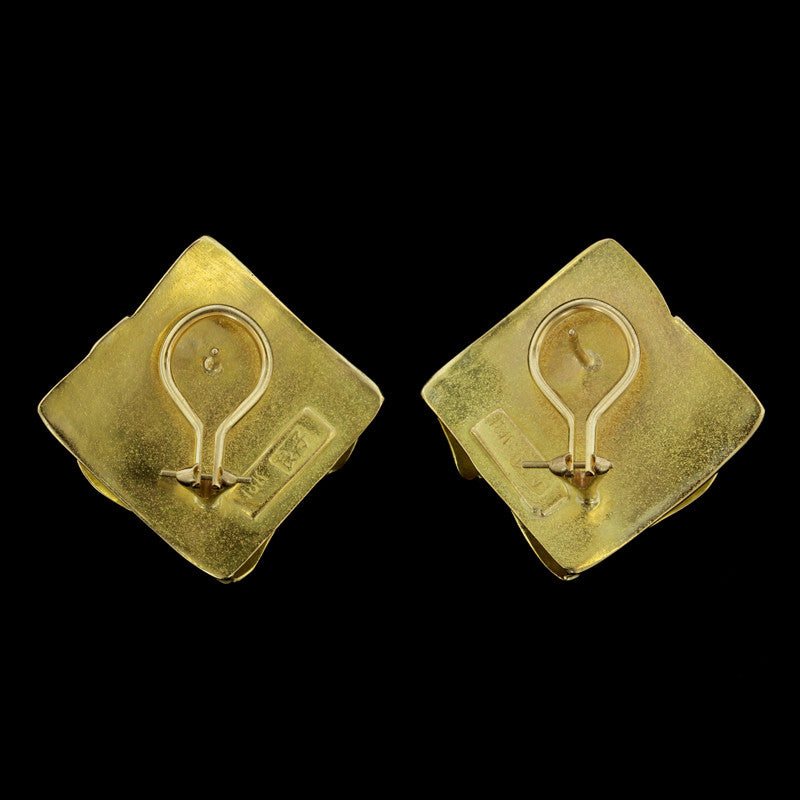 18K Yellow Gold Square Textured Earrings