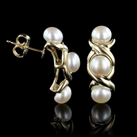 14K Yellow Gold Button Pearl Earrings