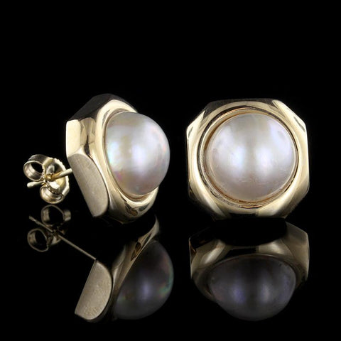 14K Yellow Gold Button Pearl Circle Pin
