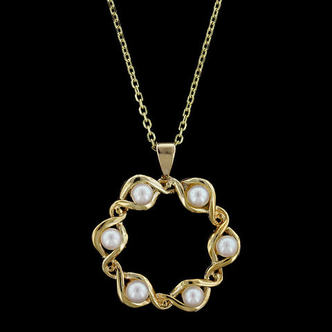 14K Yellow Gold Cultured Pearl Circle Pendant