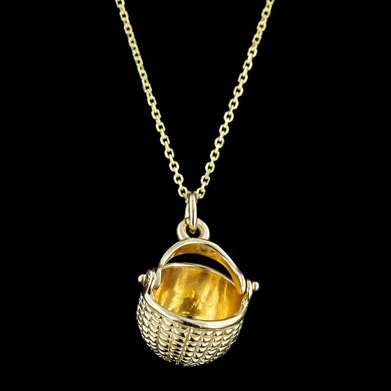 14K Yellow Gold Nantucket Basket Pendant