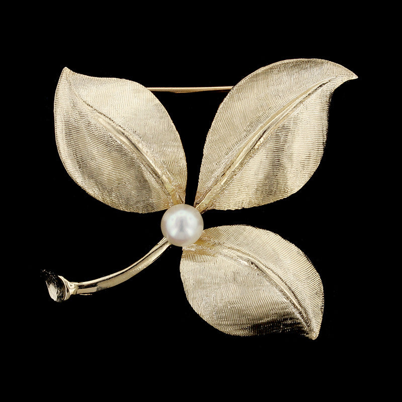 14K Yellow Gold Cultured Pearl Pin