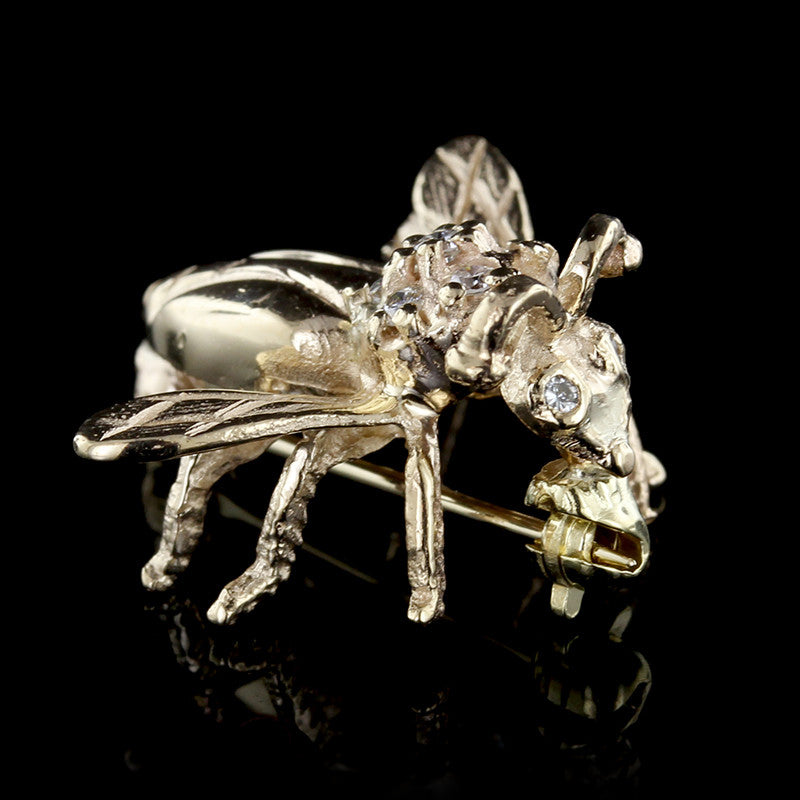 14K Yellow Gold Diamond Fly Pin