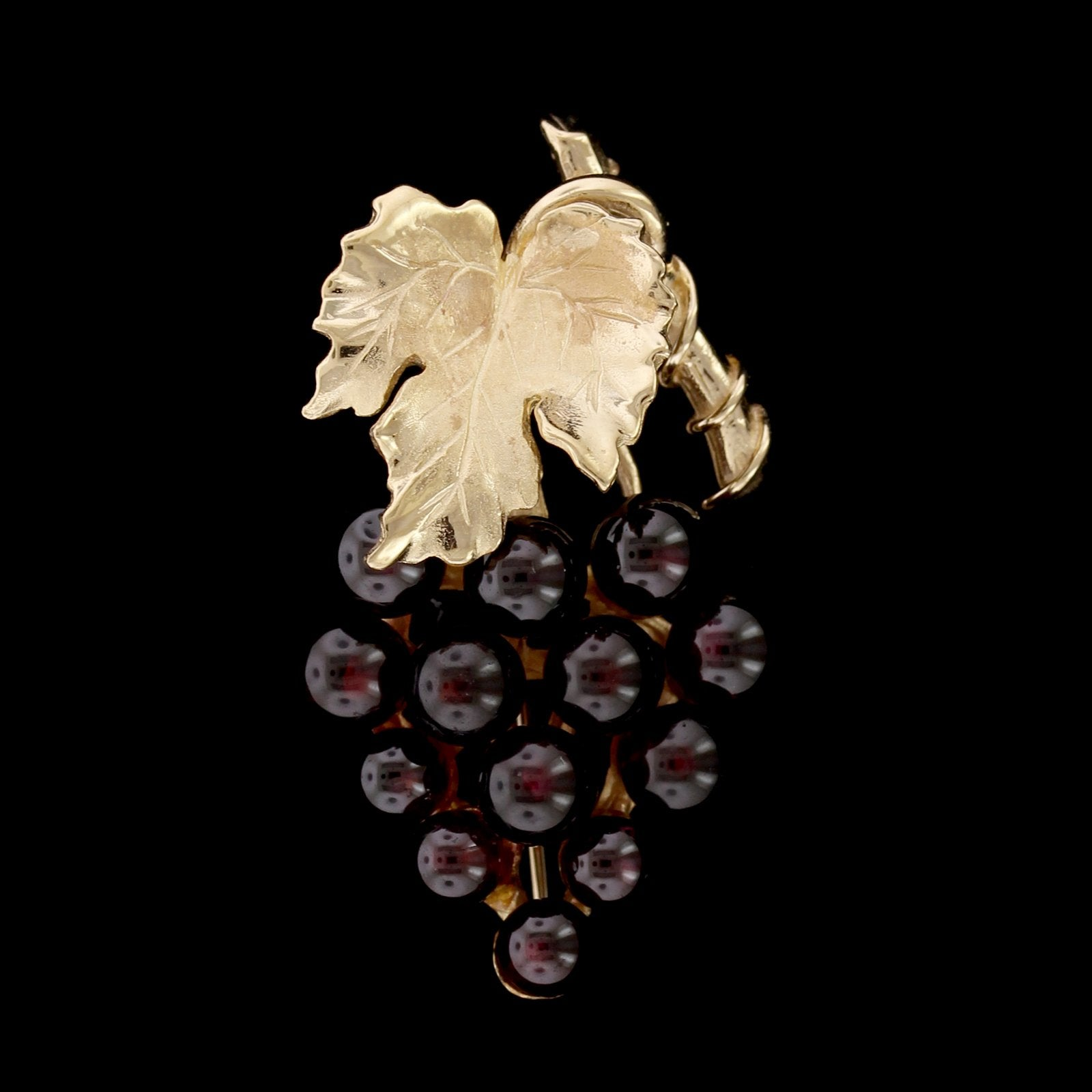 14K Yellow Gold Estate Garnet Grape Cluster Pin