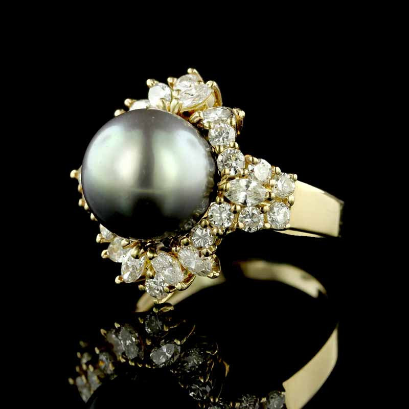 14K Yellow Gold Estate Tahitian Pearl and Diamond Ring
