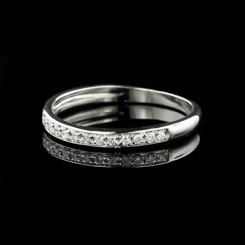 18K White Gold and Diamond Band