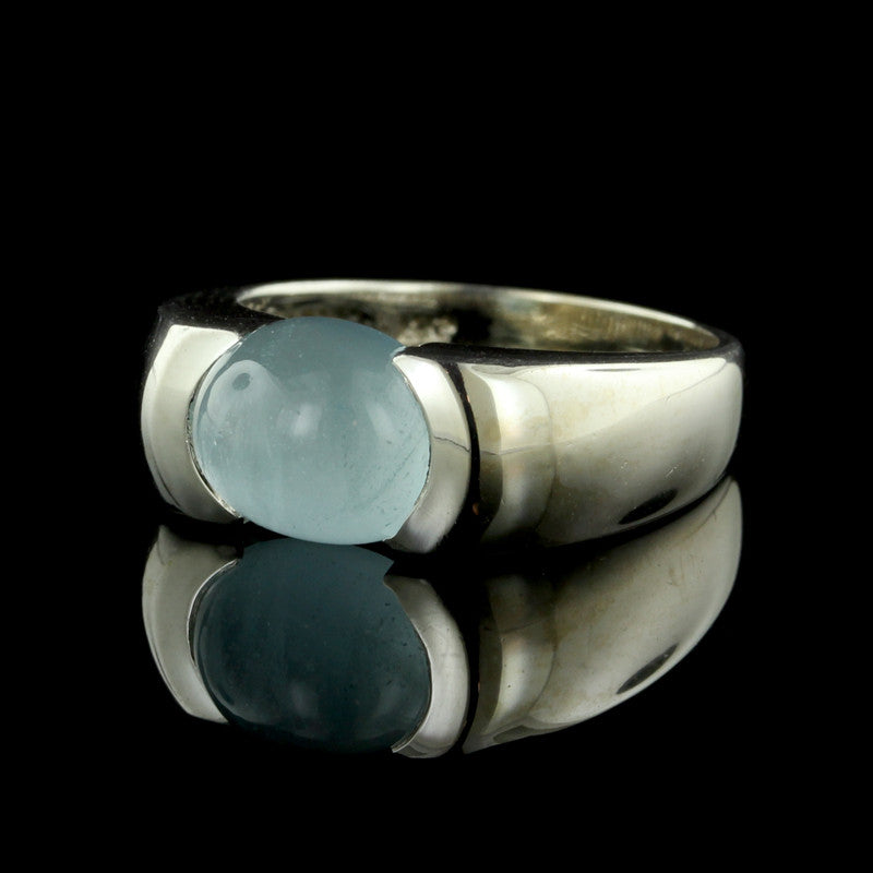 14K White Gold Oval Chalcedony Ring