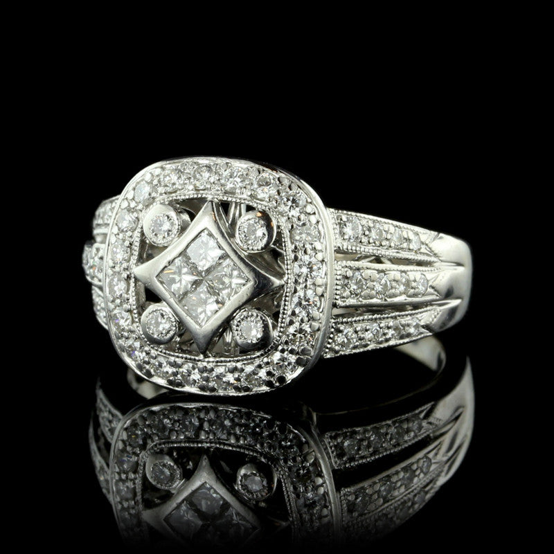 18K White Gold Tapered Diamond Ring
