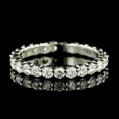Memoire Platinum Diamond Eternity Band