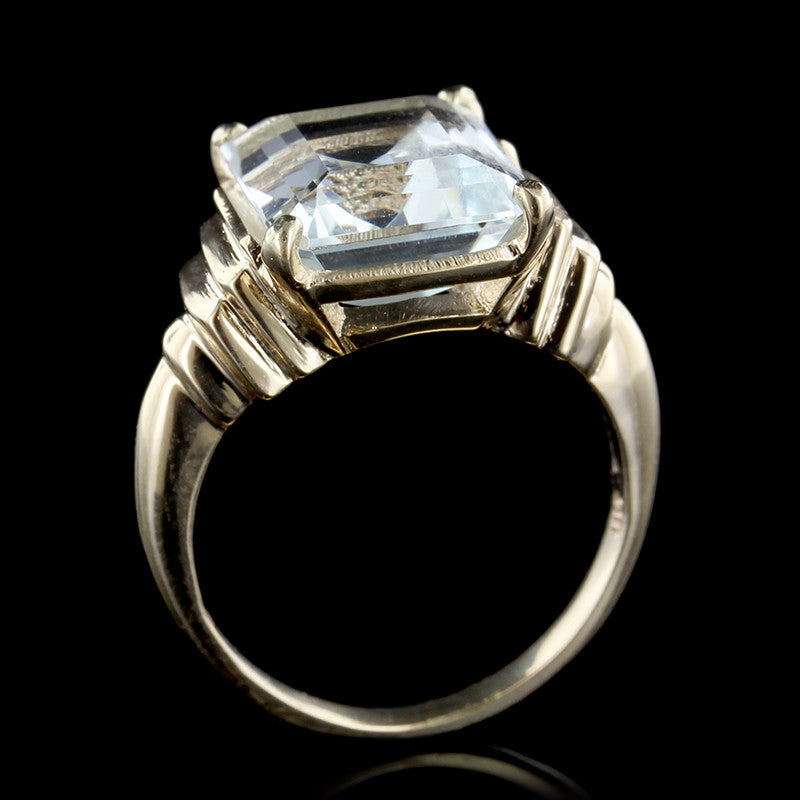 14K Yellow Gold Aquamarine Ring