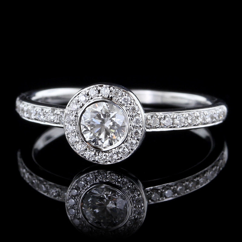 18K White Gold Diamond Halo Engagement Ring
