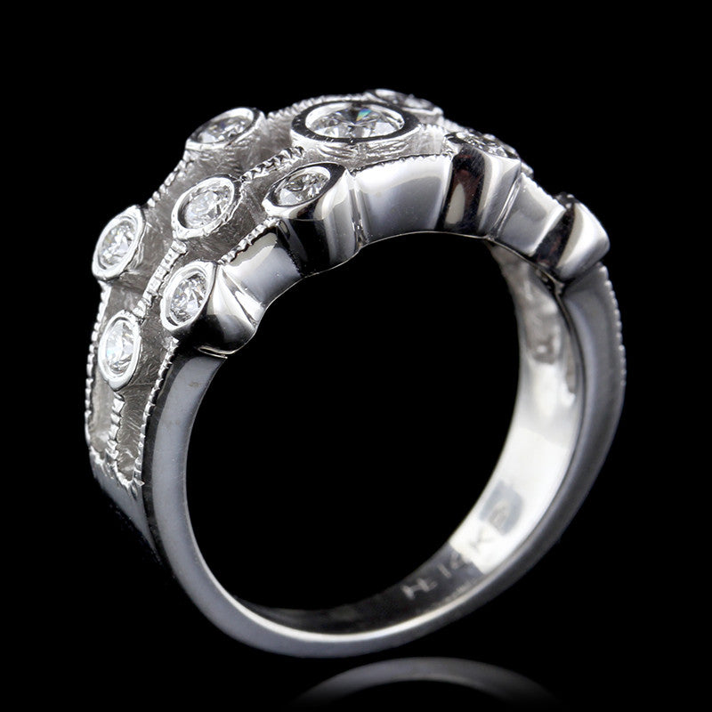 14K White Gold Diamnd Cluster Ring