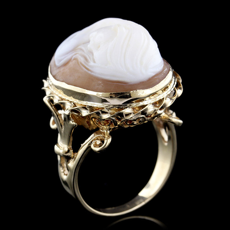 14K Yellow Gold Carved Shell Cameo Ring