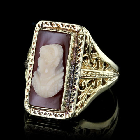 Vintage 14K Yellow Gold Hardstone Cameo Ring