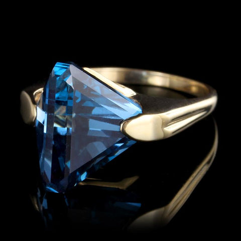 14K Yellow Gold Synthetic Blue Spinel Ring