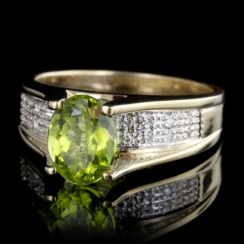 14K Yellow Gold Estate Peridot and Diamond Ring