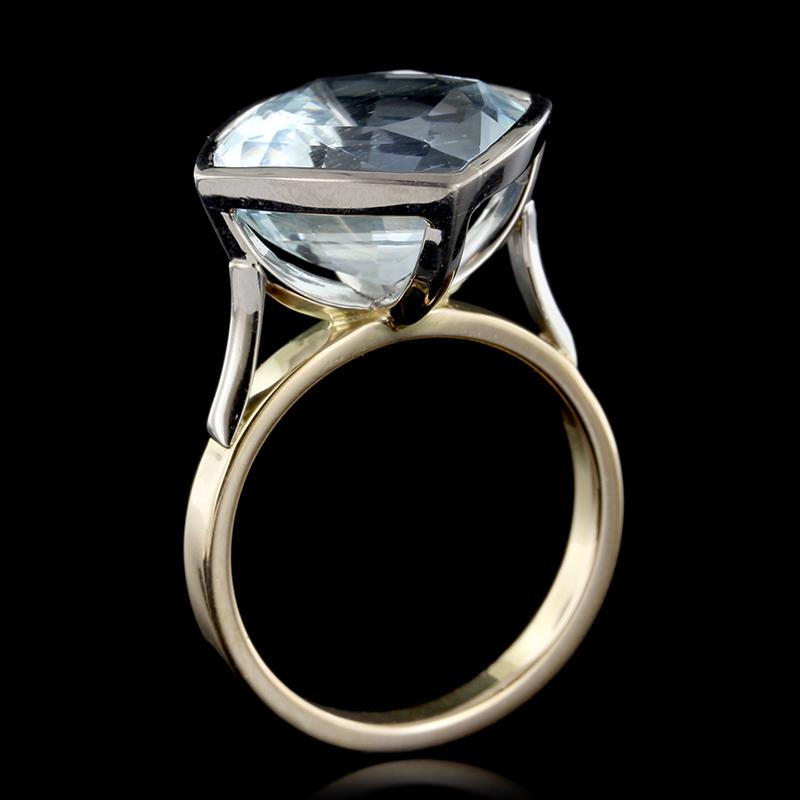 18K Two-Tone Gold Aquamarine Ring