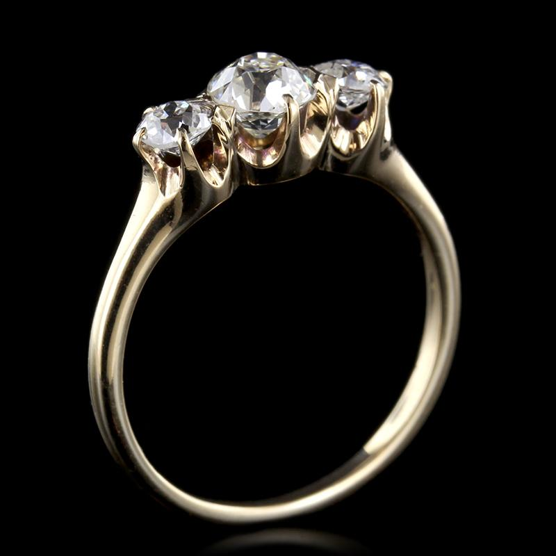 Antique 14K Yellow Gold Three Stone Diamond Ring