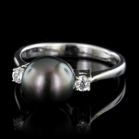 18k white gold black pearl and diamond ring