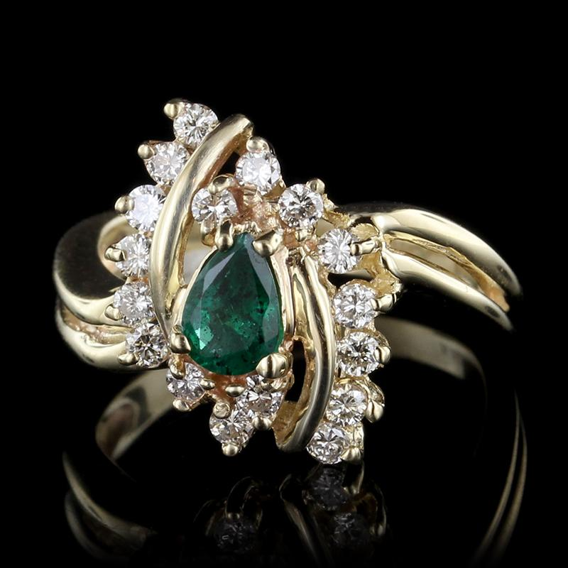 14K Yellow Gold Estate Emerald and Diamond Ring