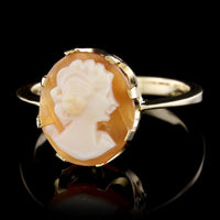 18K Yellow Gold Estate Cameo Ring