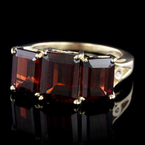 14K Yellow Gold Garnet Three Stone Ring