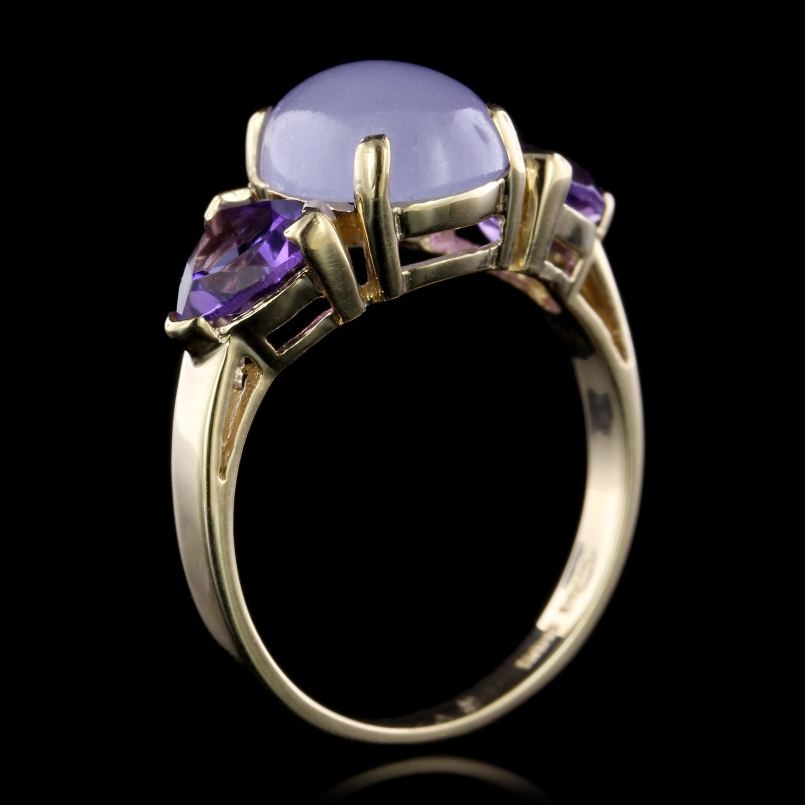 14K Yellow Gold Lavender Jadeite and Amethyst Ring
