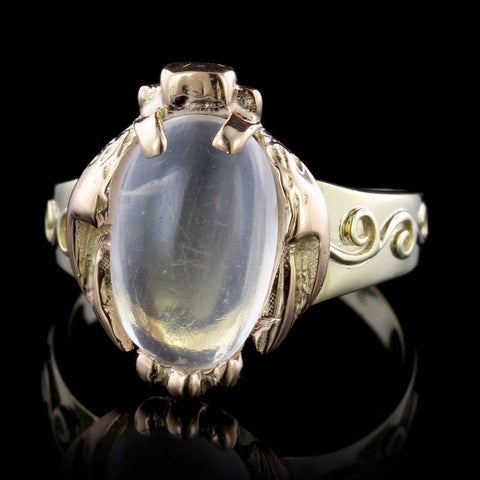 18K Yellow Gold Moonstone Ring