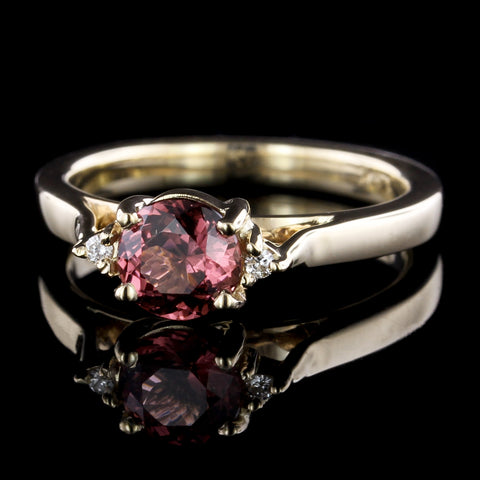 14K Yellow Gold Estate Garnet and Diamond Ring