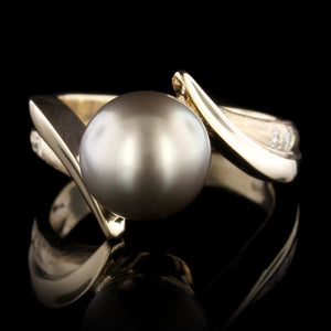 14K Yellow Gold Estate Cultured Grey Pearl and Diamond Ring