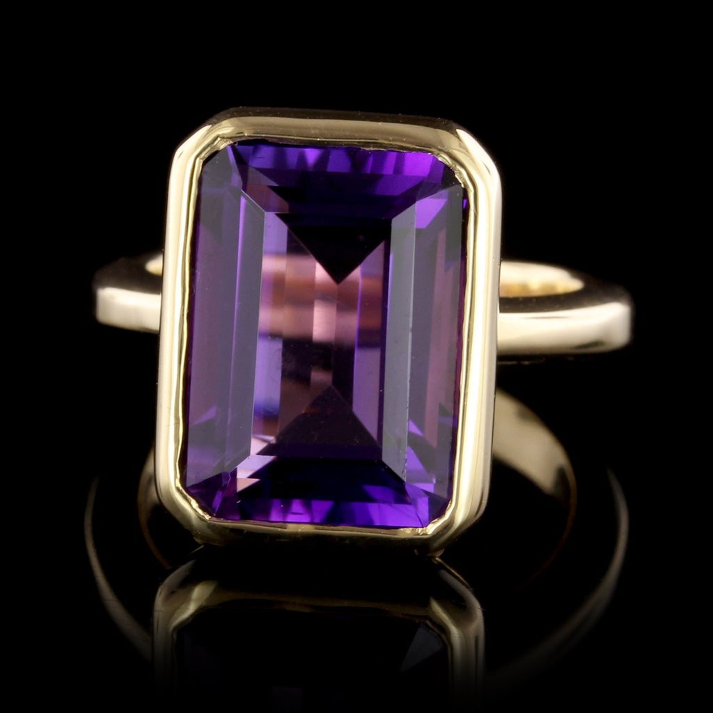 18K Yellow Gold Amethyst Ring