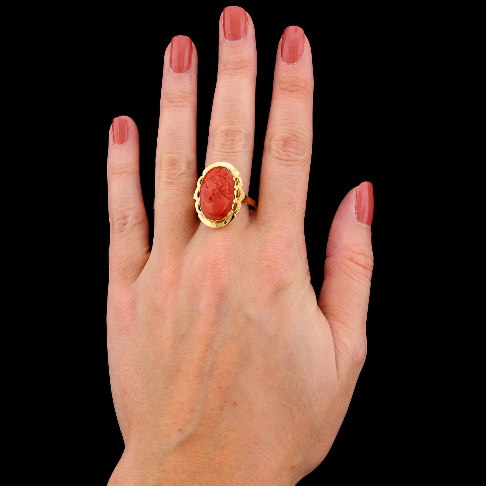 18K Yellow Gold Estate Carved Coral Cameo Ring