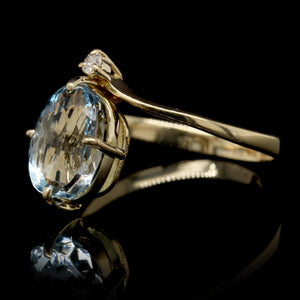 18K Yellow Gold Estate Blue Topaz Ring