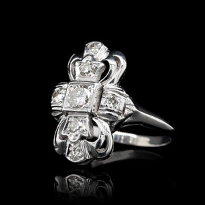 Vintage 14K White Gold Diamond Ring.