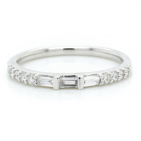 18K White Gold Baquette and Round Band