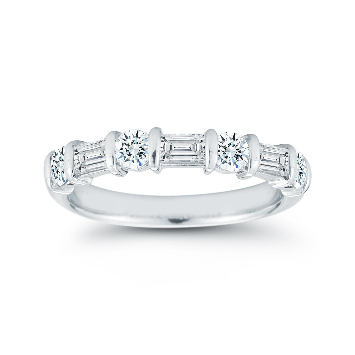 Platinum Alternating Round and Baquette Diamond Wedding Ring