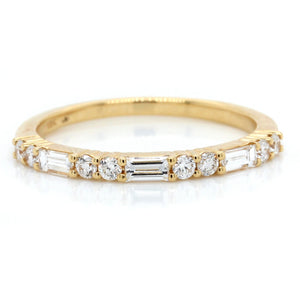 18K Yellow Gold Prong Set Round and Baguette Diamond Band