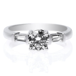 18K White Gold Claw Prong Engagement Ring