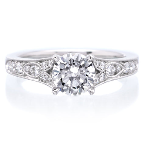 Platinum Antique Designed Diamond Engagement Ring